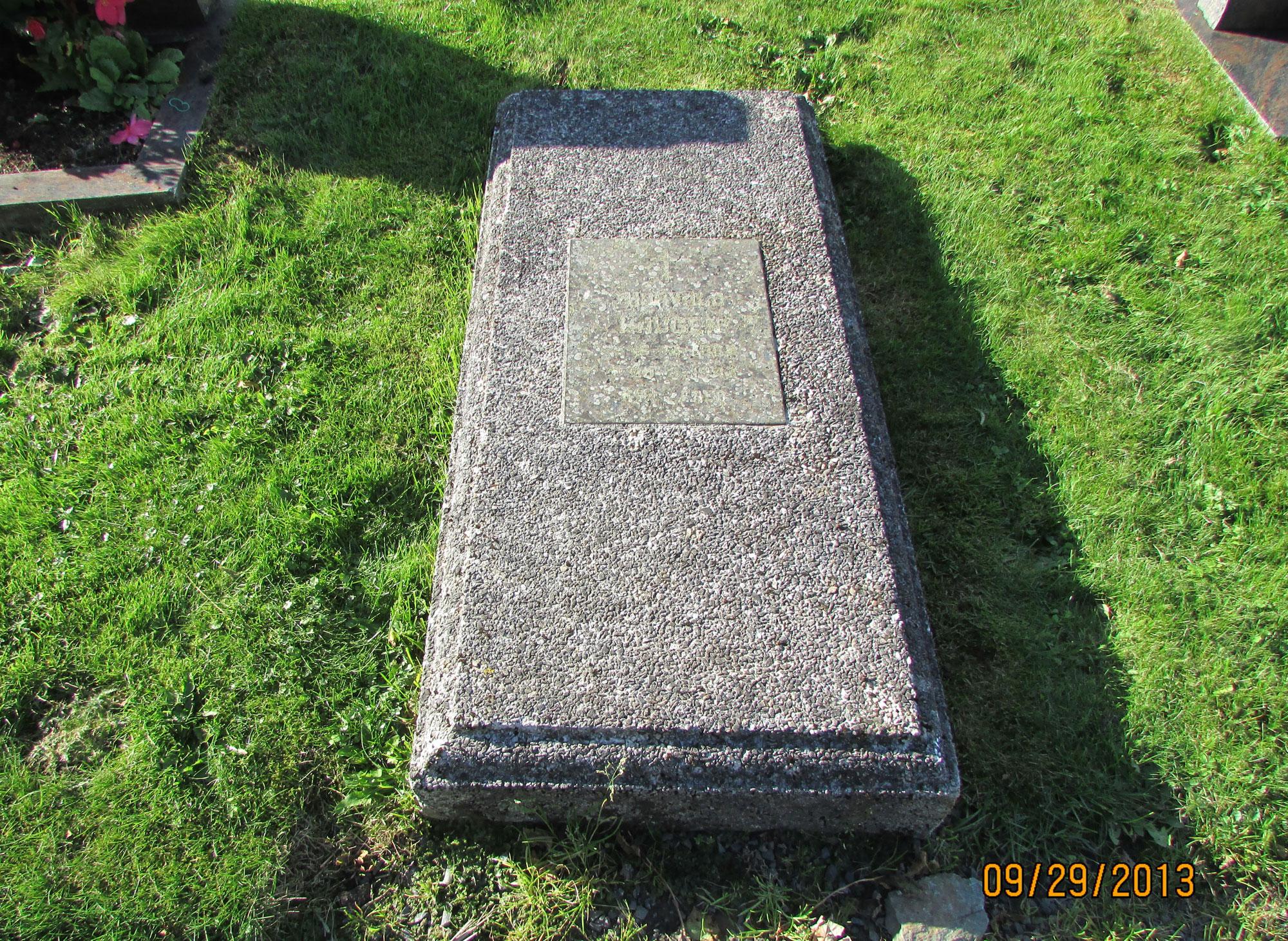 Avaldsnes Cemetery, Karmøy, Norway - Sq. D, Row 3, Grave 15 (photo courtesy of Norm & Lynette Haugen)